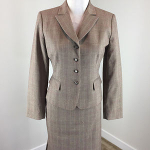 Tahari 4 P Brown Plaid Skirt Suit Career Cocktail